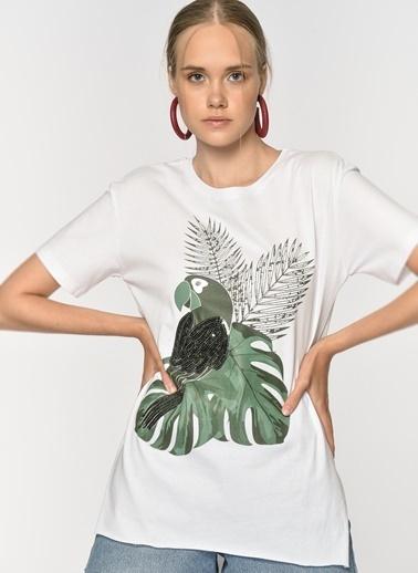 Loves You Payet İşlemeli Papağan Baskılı T-Shirt Beyaz